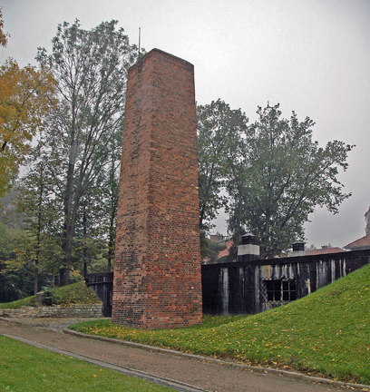 The chimney at the crematorium was too far from the Commandant's garden for ashes to get on the strawberries