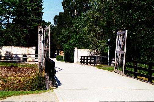 Tourist entrance into the area where the Dachau gas chamber is located