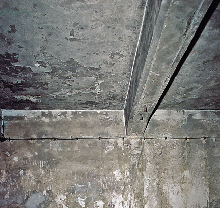 Photo of the ceiling of the gas chamber in the Auschwitz main camp