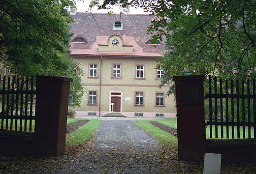 The front of the Commandant's house