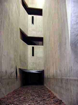 Void Elegant Interior : Memory Void tower in the Jewish Museum in Berlin
