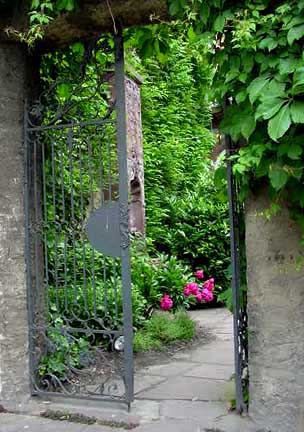 Garden gate at the Goethe house in Frankfurt
