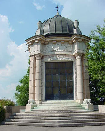 Italian Memorial Chapel at Leitenberg cemetery
