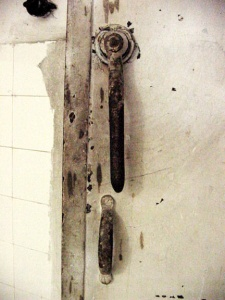 Door handle outside the gas chamber at Mauthauen