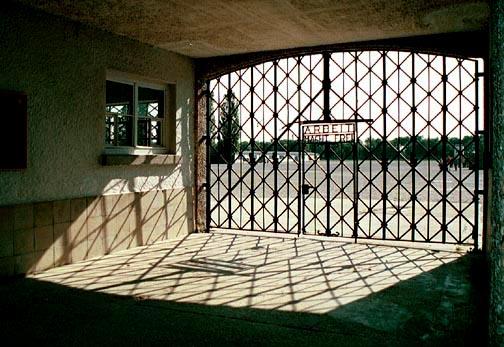 Arbeit macht Frei sign on the Dachau gatehouse