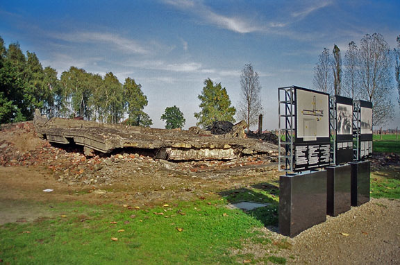Location of the poster at Krema III at Auschwitz-Birkenau