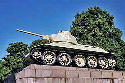 One of the two Russian tanks on a monument in Berlin