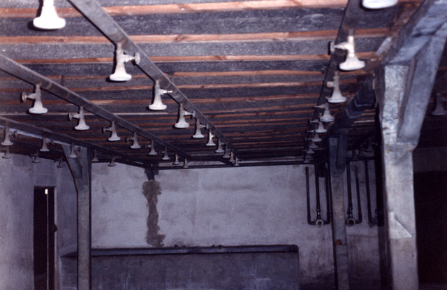 """Shower room inside the Majdanek """"gas chamber"""" is called a gas chamber by Yad Vashem"""