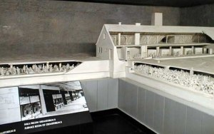 Model of the Krema II gas chamber and undressing  room