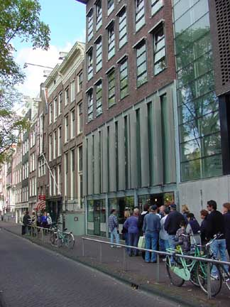Entrance into the Anne Frank Museum