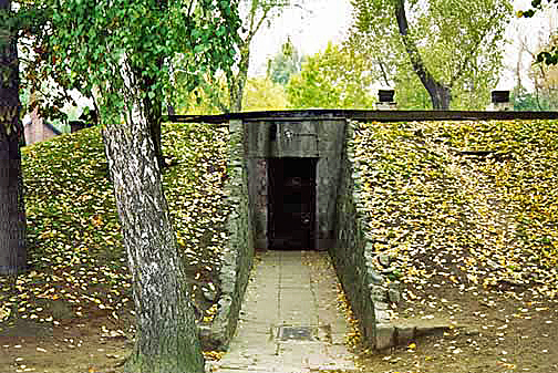 This door was added when Auschwitz morgue was converted into an air raid shelter in 1944