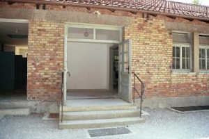 Door into the waiting room for the gas chamber