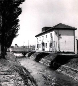 Würm river canal separated the gas chamber location from the prisoner's camp