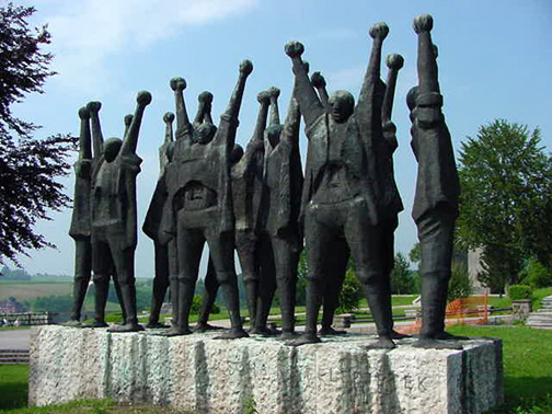 My photo of the monument to the Hungarian Resistance fighters a Mauthausen