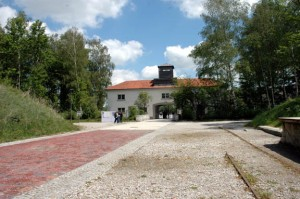 My 2007 photo of the narrow gauge tracks near the Dachau gate