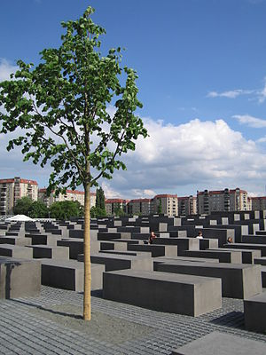Holocaust Memorial in the heart of Berlin covers 5 acres
