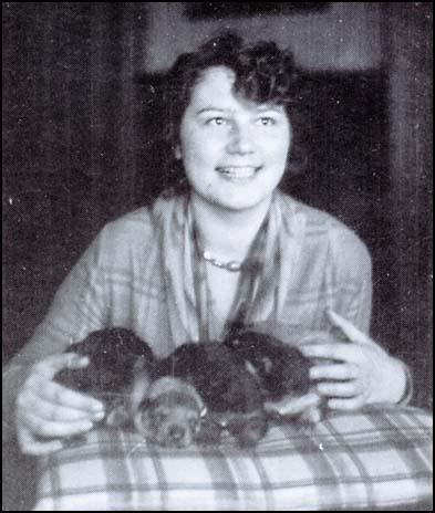 Geli Raubel, Hitler's half niece