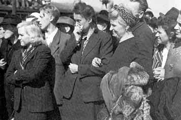 Weimar residents who were forced to look at the bodies of Jews at Buchenwald