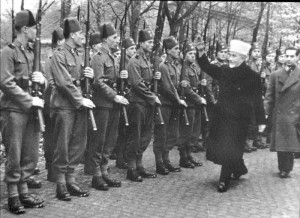 The Grand Mufti inspects Muslim troops sent to fight for Germany