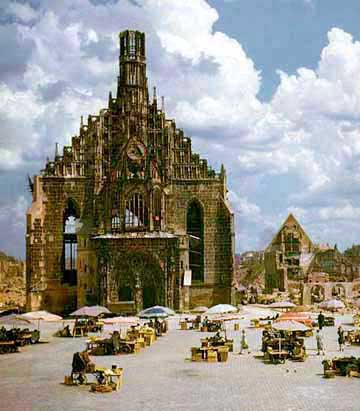 Bombed out church in Nuremberg and weekly market place