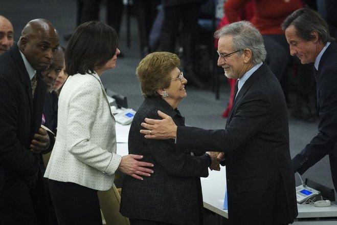 Rena Finder greets Steven Spielberg Photo credit: Reuters