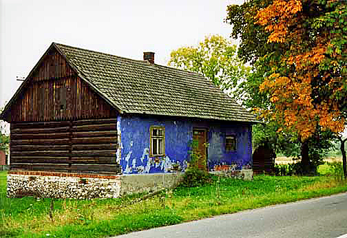 My 1998 photo of a house in Poland