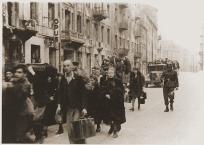 Jews in Warsaw leaving for Treblinka