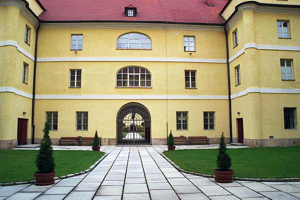 One of the 3 inner courtyards of the Magdeburg building at Theresienstadt