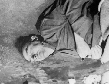 Photo of Himmler lying dead