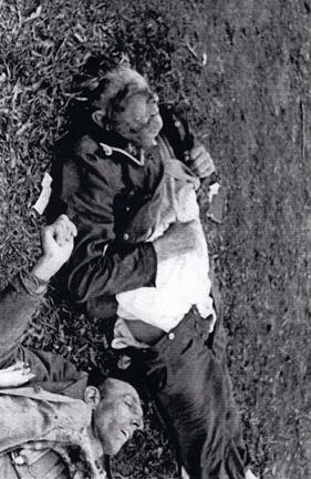 Body of German guard at Dachau unlawfully killed by American soldiers
