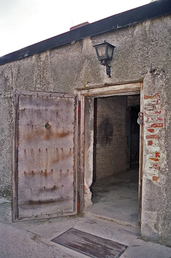What Did The Door Into The Auschwitz Gas Chamber Look Like