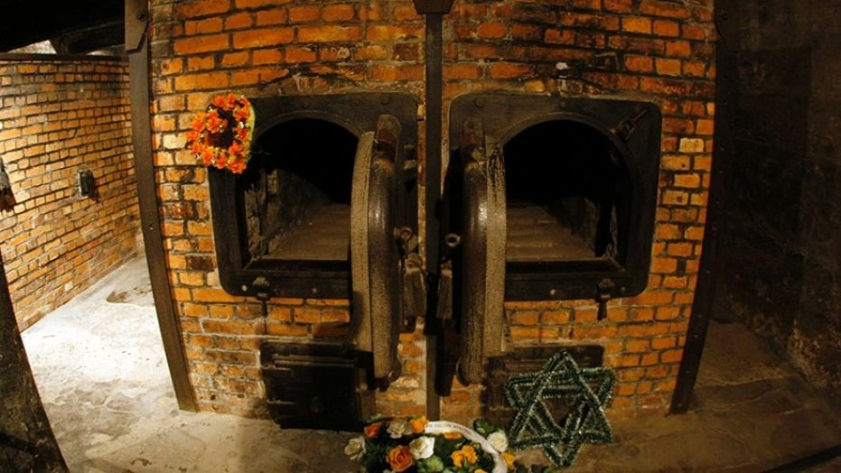 Httpwww Overlordsofchaos Comhtmlorigin Of The Word Jew Html: Auschwitz Prisoners Had To Burn The Bodies Of Fellow Jews