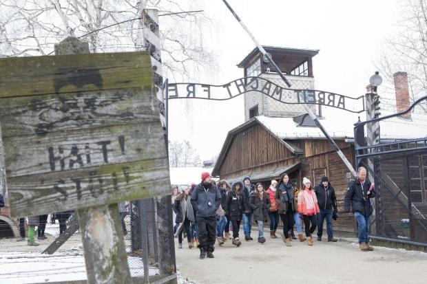 AuschwitzGate.jpg